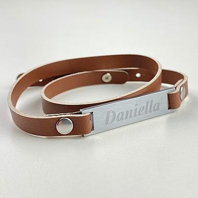 Armband med namn - Brun (Rak)