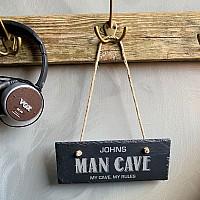 Man Cave skylt med namn