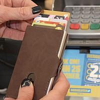 RFID Plånbok med namn - Kursiv
